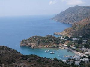 アクロポリスから見下ろしたエンポリオの景観