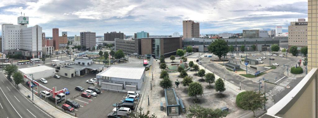 帯広駅が目の前(客室からの眺め)