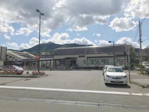 銭函駅舎全景