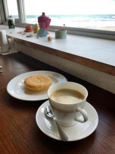 マドレーヌとコーヒーで520円