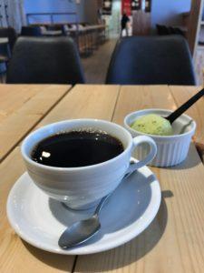 LLOYD'S COFFEE 小樽店のコーヒーとアイスクリーム