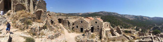 アナヴァトスの丘からの景観