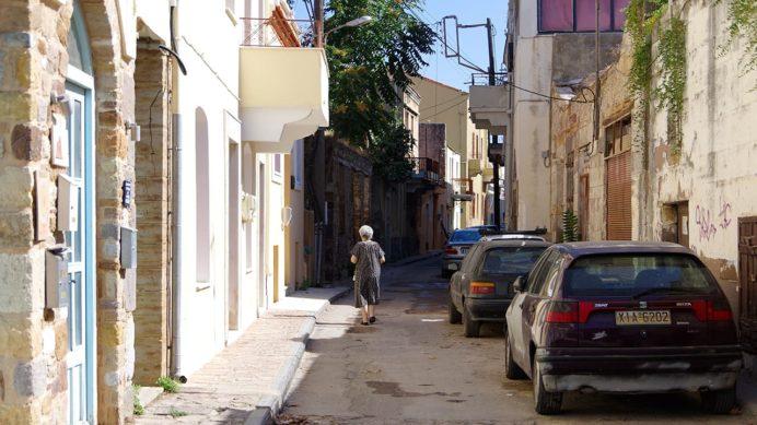 ヒオス旧市街の路地